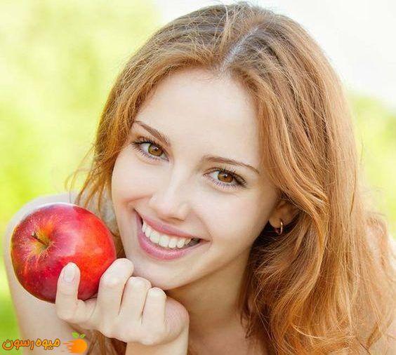با مصرف سیب روند پیری پوست را به تاخیر بیندازید.